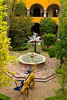 Sculptures, Insituto de Bellas Artes, Centro Cultural Ignacio Ramirez (El Nigromante), San Miguel de Allende, Mexico