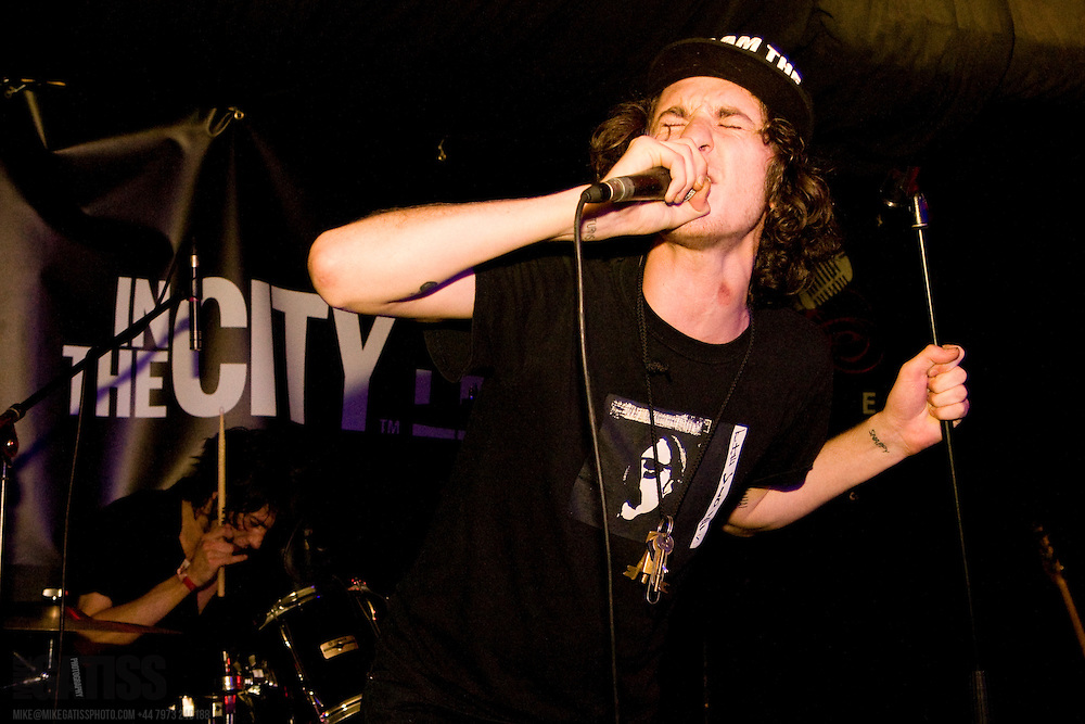 Flats performing live at The Ruby Lounge, In The City 2010, Manchester, United Kingdom, 2010-10-15
