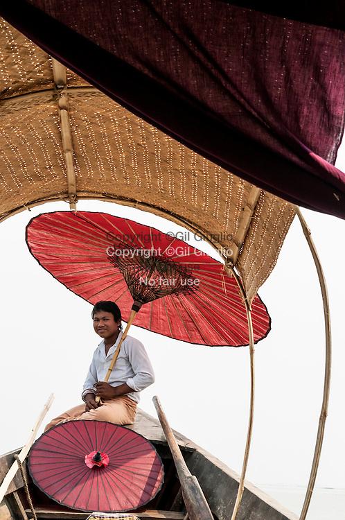 Myanmar, état shan, Lac Inlé, bateau de plaisance // Myanmar, Shan state, boat Inle lac, Pleasure boat