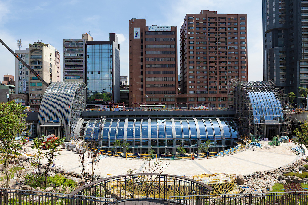 View of the outside of Daan Park MRT Station.