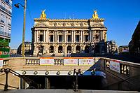 France, Paris (75), Opera Garnier durant le confinement du Covid 19 // France, Paris, Opera Garnier during the containment of Covid 19