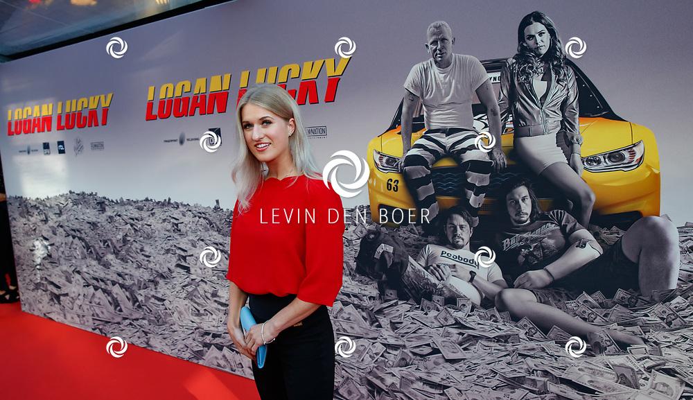 AMSTERDAM - In Theater Tuschinski is de première van Logan Lucky. Met hier op de foto Britt Dekker. FOTO LEVIN & PAULA PHOTOGRAPHY VOF
