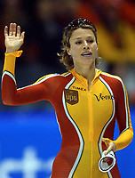Skøyter: Verdenscup Heerenveen 12.01.2002. Catriona LeMay-Doan fra Canada.<br /><br />Foto: Ronald Hoogendoorn, Digitalsport