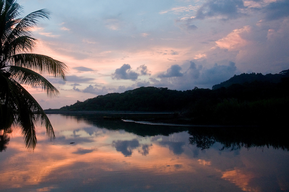 Sunset in Dominical, Costa Rica.  May 2009. (Photo/William Byrne Drumm)