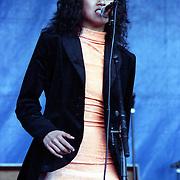 NLD/Huizen/19910629 - Huizpop 1991, achtergrondzangeres van de James Belushi Memorial Band