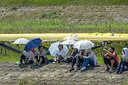 2005, World Rowing Championships, Nagaragawa International Regatta Course, Gifu, JAPAN: Spectators watch the racing. Monday  29.08.2005.  © Peter Spurrier/Intersport Images - email images@intersport-images.com