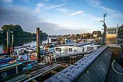 Hammersmith, Greater London, UK., 18th October 2020. Hope Pier, moorings Furnival Sculling Club, COVID-19,  Hammersmith Bridge, [Mandatory Credit: Pete Spurrier/Intersport Images],