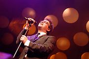 Op 6 februari 2006 is aan Guus Meeuwis in theater  Spant! de Gouden Harp uitgereikt . De Gouden Harp wordt uitgereikt aan personen die zich gedurende hun carierre op bijzondere wijze verdienstelijk hebben gemaakt.