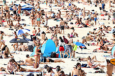Coronavirus on Bondi Beach - 20 March 2020