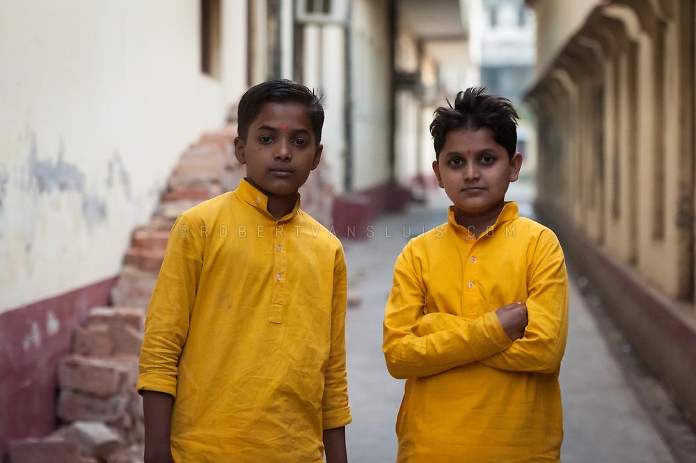 Portrait of student Brahmin priests at Mumukshu Bhawan, hospice, Varanasi, India. Photo © robertvansluis.com