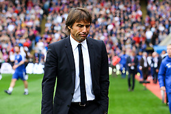Chelsea manager Antonio Conte hangs his head - Mandatory by-line: Jason Brown/JMP - 14/10/2017 - FOOTBALL - Selhurst Park - London, England - Crystal Palace v Chelsea - Premier League