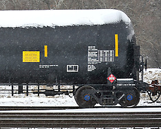 Bakken Crude Rail Cars - 3-3-2015
