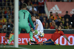 March 23, 2019 - Valencia, Valencia, Spain - Markus Henriksen of Norway shooting to goal during the 2020 UEFA European Championships group F qualifying match between Spain and Norway at Estadi de Mestalla on March 23, 2019 in Valencia, Spain. (Credit Image: © Jose Breton/NurPhoto via ZUMA Press)