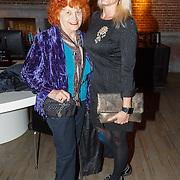 NLD/Amsterdam/20150919 - Modeshow Mart Visser - The Confidence, Helene van der Sluys en Phia Baruch