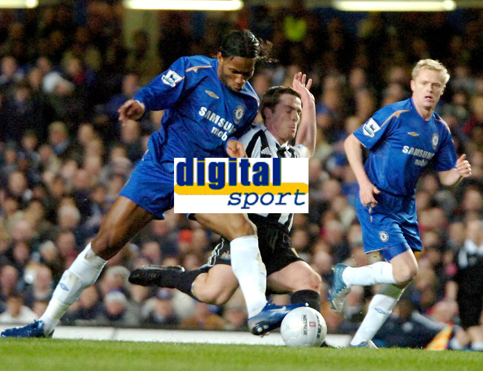 Photo: Ed Godden.<br /> Chelsea v Newcastle United. The FA Cup. 22/03/2006.<br /> Didier Drogba (L) and Newcastles Scott Parker (R)