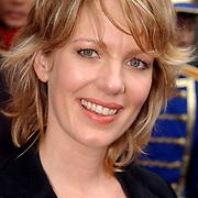 NLD/Huizen/20050706 - Premiere Nieuw Groot Chinees Staatscircus, Annemieke van der Veer