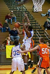 27 December 2006 State Farm Holiday Basketball Tournament. Normal Community v Chicago De La Salle. Boys Class AA,, Normal Community West High School, Normal, Illinois