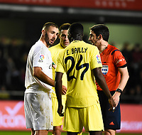 Villarreal CF's E. Bailly and Real Madrid's Benzema during La Liga match. December 13, 2015. (ALTERPHOTOS/Javier Comos)