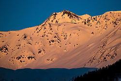 """THEMENBILD - Der Schneebedeckte Gipfel Böses Weibl (3119m) im letzten Abendlicht. Kals am Grossglockner, Mittwoch, 8. April 2020 // The snow-covered summit of """"Boesen Weibl"""" in red evening light. Kals am Grossglockner, Wednesday, April 8, 2020. EXPA Pictures © 2020, PhotoCredit: EXPA/ Johann Groder"""