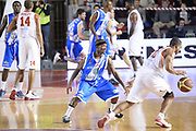 DESCRIZIONE : Roma Lega serie A 2013/14 Acea Virtus Roma Banco Di Sardegna Sassari<br /> GIOCATORE : jordan taylor<br /> CATEGORIA : palleggio controcampo<br /> SQUADRA : Acea Virtus Roma<br /> EVENTO : Campionato Lega Serie A 2013-2014<br /> GARA : Acea Virtus Roma Banco Di Sardegna Sassari<br /> DATA : 22/12/2013<br /> SPORT : Pallacanestro<br /> AUTORE : Agenzia Ciamillo-Castoria/ManoloGreco<br /> Galleria : Lega Seria A 2013-2014<br /> Fotonotizia : Roma Lega serie A 2013/14 Acea Virtus Roma Banco Di Sardegna Sassari<br /> Predefinita :