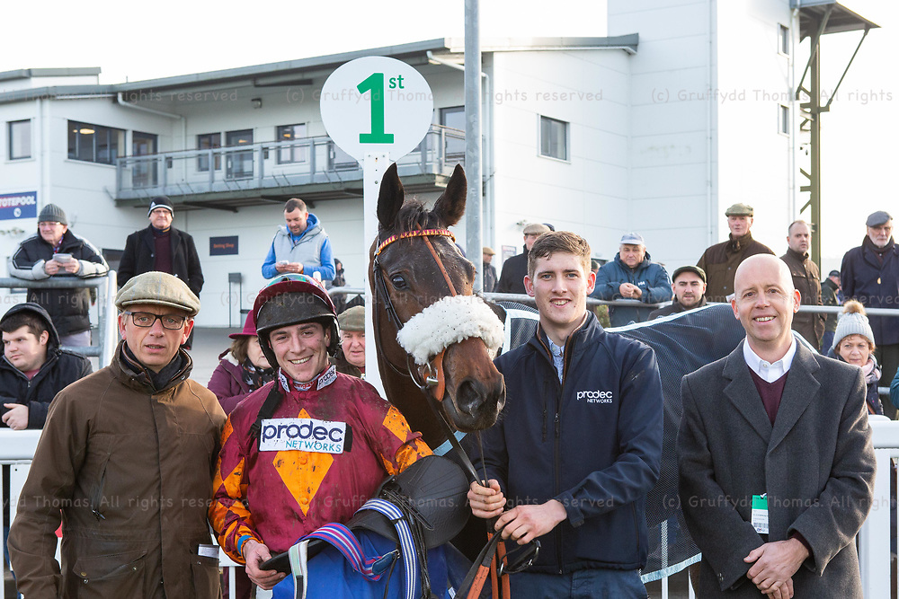 Ffos Las Racecourse, Trimsaran, Wales, UK. Friday 23 November 2018. Gavin Sheehan with Emitom, winner of the myracing.com For Free Bets & Tips Maiden Hurdle (Race 3)