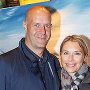 NLD/Amsterdam/20150914 - Premiere 3D Imax film Everest, Elle van Rijn en partner Nicola Villa