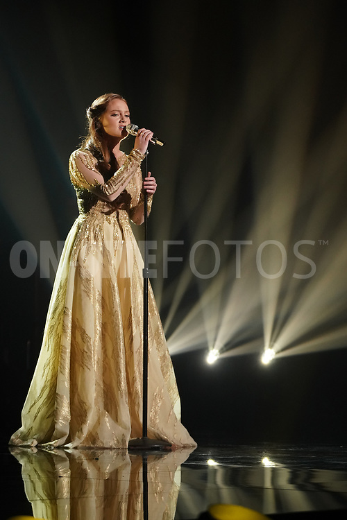 """AMERICAN IDOL – """"414 (Oscar Nominated Songs)"""" – The top 12 contestants perform Oscar®-nominated songs in hopes of securing America's vote into the top nine on an all-new episode of """"American Idol,"""" airing live coast-to-coast on SUNDAY, APRIL 18 (8:00-10:00 p.m. EDT), on ABC. (ABC/Eric McCandless)<br /> CASSANDRA COLEMAN"""