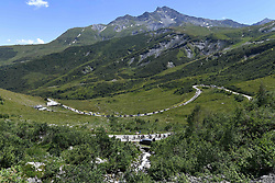 July 19, 2018 - Alpe D Huez, France - ALPE D'HUEZ, FRANCE - JULY 19 :  Illustration picture of the riders during stage 12 of the 105th edition of the 2018 Tour de France cycling race, a stage of 175.5 kms between Bourg-Saint-Maurice Les Arcs and Alpe D'huez on July 19, 2018 in Alpe D'huez, France, 19/07/2018 (Credit Image: © Panoramic via ZUMA Press)