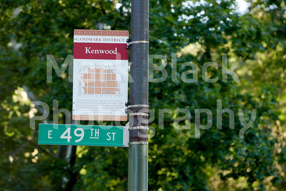 The affluent Kenwood Neighborhood along Woodlawn Avenue in Chicago on Wednesday, Aug. 19, 2020.  Photo by Mark Black