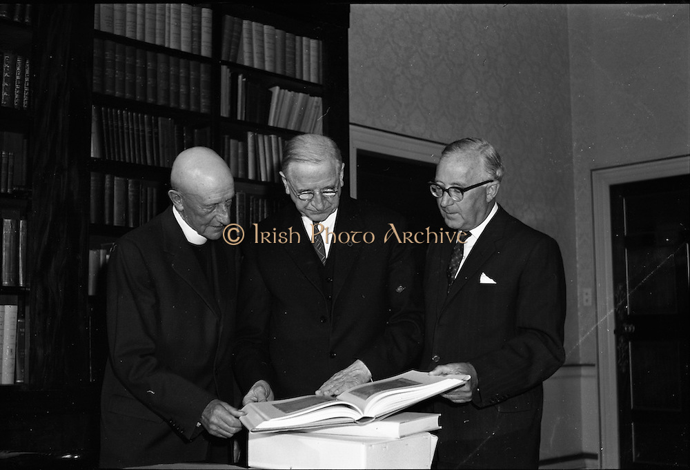 Presentation of Book of Durrow to President Eamon de Valera.<br /> 06.09.1961