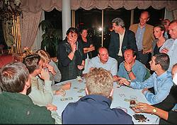 Poker ronde, Philippaeerts Ludo, François Mathy Jr, Christophe Melly, Rodrigo Pessoa, Emiel Hendrix, Lucien Somers<br /> World Cup Final Jumping - Las Vegas 2000<br /> © Hippo Foto - Dirk Caremans