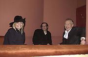 Anita Pallenberg, Francois and Michael White. Frost French, Duke of York's theatre. St, Martin's Lane. 17/2/02© Copyright Photograph by Dafydd Jones 66 Stockwell Park Rd. London SW9 0DA Tel 020 7733 0108 www.dafjones.com