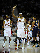 Ben Wallace, #4, and Joe Smith, left, of Cleveland during a game against visiting Memphis.
