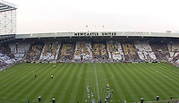 Photo: Andrew Unwin.<br /> Newcastle United v Glasgow Celtic. Alan Shearer Testimonial. 11/05/2006.<br /> The crowd at St James' Park welcome Alan Shearer to his testimonial game.