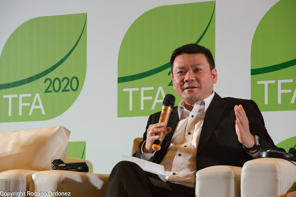 Nazir Foead, Head of Indonesia's Peatland Restoration Agency (BRG), speaks at a panel discussion during the opening session of the General Assembly of the Tropical Forest Alliance 2020 in Jakarta, Indonesia, on March 10, 2016. <br /> (Photo: Rodrigo Ordonez)
