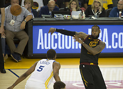 May 31, 2018 - Oakland, California, U.S - LeBron James #23 of the Cleveland  Cavaliers passes the  ball during  their NBA Championship Game 1 with the  Golden State Warriors  at Oracle Arena in Oakland,  California on Thursday,  May 31, 2018. ARMANDO  ARORIZO/PI (Credit Image: © Prensa Internacional via ZUMA Wire)