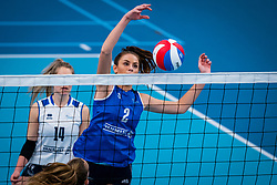 Pascalle Cnosen of Sliedrecht Sport in action in the first league match in the corona lockdown between Talentteam Papendal vs. Sliedrecht Sport on January 09, 2021 in Ede.