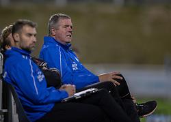 Cheftræner Kent Nielsen (Silkeborg IF) ser bekymret ud under kampen i 1. Division mellem FC Helsingør og Silkeborg IF den 11. september 2020 på Helsingør Stadion (Foto: Claus Birch).