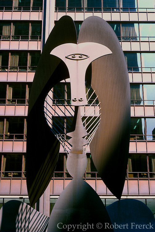 CHICAGO, SCULPTURE Picasso in the Daley Center Plaza in 'Loop', made of Corten steel