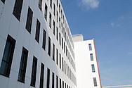 Nederland, Den Bosch, 20091014..Nieuwbouw van het Jeroen Bosch Ziekenhuis in Den Bosch. .Architect: EGM Architecten.Het nieuwe ziekenhuis dient als vervanging voor de huidige ziekenhuizen: Groot Zieken Gasthuis, Carolus en Willem Alexander. Het ziekenhuis zal een capaciteit krijgen van 730 bedden..Gezondheidspark Willemspoort-Midden.Bij het ziekenhuis komt het Zorgpark Willemspoort. Een gemengde wijk, waarin wonen, bedrijvigheid, onderwijs en winkels/dienstverlening geïntegreerd worden. ..Netherlands, Den Bosch, 20091014. ?Construction of the Jeroen Bosch Hospital in Den Bosch. Architect: Architects EGM ?The new hospital is to replace the current hospitals: Groot Zieken Gasthuis, Carolus en Willem Alexander. The hospital will have a capacity of 730 beds. ?Health-Central Park Willemspoort ?Near the hospital a Care Park, Willemspoort will be build. Mixed neighborhoods, where housing, business, education and shopping / services are integrated. ? Architecture Building Health Care Hospital    .Gerlo Beernink/Hollandse Hoogte