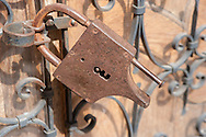 Lock in Eze