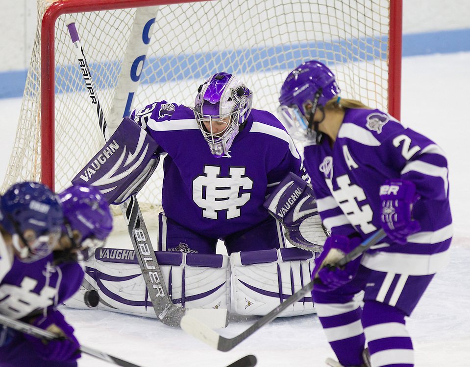 Krista Manzanares, of Holy Cross, in a NCAA Division III hockey game against Colby College on January 13, 2015 in Waterville, ME. (Dustin Satloff/Colby College Athletics)