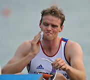 Shunyi, CHINA. GBR M1X Alan CAMPBELL, wipes away the sweat before the start of his heat in the men's single scull at the 2008 Olympic Regatta,  Saturday, 09.08.2008  [Mandatory Credit: Peter SPURRIER, Intersport Images]