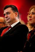 Emile Roemer, de nieuwe fractievoorzitter van de SP, luistert naar de Partijraad in de Eenhoorn in Amersfoort. De verkiezingen van maart worden besproken en de toekomst van de SP bepaald.