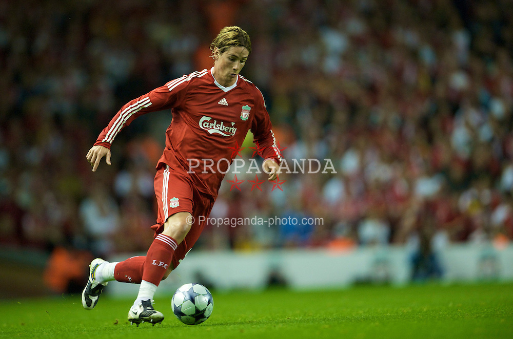 LIVERPOOL, ENGLAND - Wednesday, August 27, 2008: Liverpool's Fernando Torres in action against Royal Standard de Liege during the UEFA Champions League 3rd Qualifying Round 2nd Leg match at Anfield. (Photo by David Rawcliffe/Propaganda)