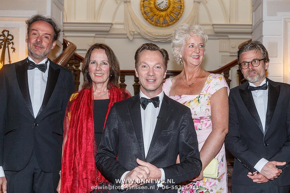 NLD/Amsterdam/20150511 - uitreiking Libris Literatuurprijs 2015, juryvoorzitter Wim Pijbes, Maria Goos, Jacqueline Bel, Rob van Essen, Marnix Verplancke