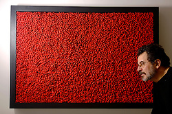 Jorge Furtado (Porto Alegre, 9 de Julho, 1959), cineasta brasileiro. Destacou-se inicialmente como autor de curtas-metragens, em especial por Ilha das flores (1989), que ganhou vários prêmios internacionais. Foi também roteirista e diretor de muitos programas de televisão, em geral associado ao núcelo de Guel Arraes na TV Globo.  FOTO: Jefferson Bernardes/Preview.com