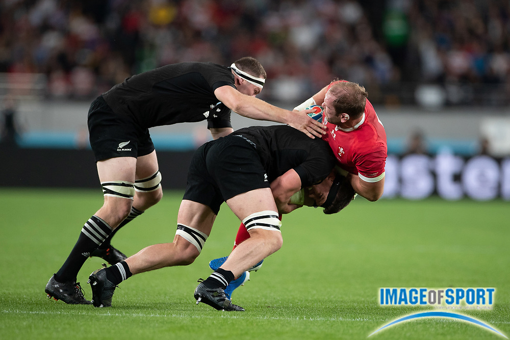 Alun Wyn Jones (captain) of Wales is tacked by New Zealand´s players during the Rugby World Cup bronze final match between New Zealand and Wales Friday, Nov, 1, 2019, in Tokyo. New Zealand defeated Wales 40-17.  (Flor Tan Jun/Espa-Images-Image of Sport)