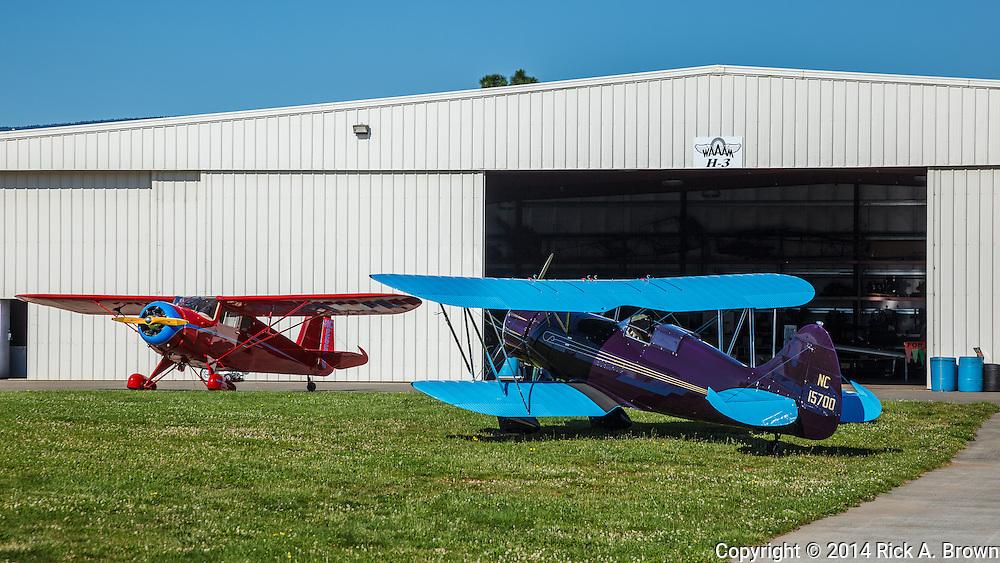 Rearwing Cloudster and Waco YPF at WAAAM.