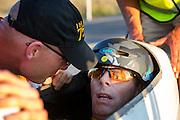Jan Marcel van Dijken op de vijfde racedag. In Battle Mountain (Nevada) wordt ieder jaar de World Human Powered Speed Challenge gehouden. Tijdens deze wedstrijd wordt geprobeerd zo hard mogelijk te fietsen op pure menskracht. Ze halen snelheden tot 133 km/h. De deelnemers bestaan zowel uit teams van universiteiten als uit hobbyisten. Met de gestroomlijnde fietsen willen ze laten zien wat mogelijk is met menskracht. De speciale ligfietsen kunnen gezien worden als de Formule 1 van het fietsen. De kennis die wordt opgedaan wordt ook gebruikt om duurzaam vervoer verder te ontwikkelen.<br /> <br /> Jan Marcel van Dijken on the fifth racing day. In Battle Mountain (Nevada) each year the World Human Powered Speed Challenge is held. During this race they try to ride on pure manpower as hard as possible. Speeds up to 133 km/h are reached. The participants consist of both teams from universities and from hobbyists. With the sleek bikes they want to show what is possible with human power. The special recumbent bicycles can be seen as the Formula 1 of the bicycle. The knowledge gained is also used to develop sustainable transport.